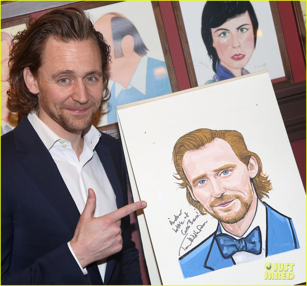 tom-hiddleston-honored-with-caricature-for-betrayal-broadway-performance-05.jpg